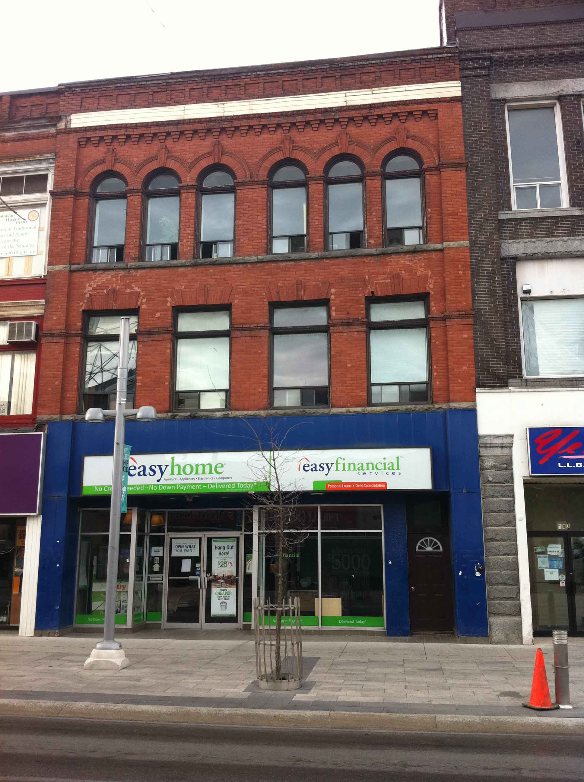 King St W 0097 99 Commercial Kitchener 1000